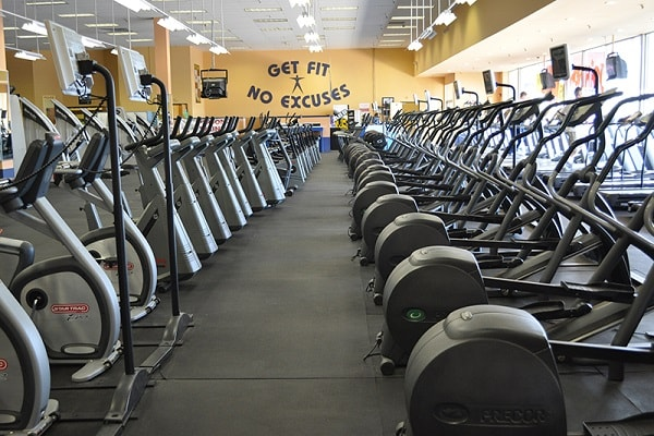 Fitness and Gyms in Lakewood